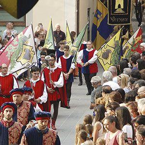 Festa medievale a Montone che narra le gesta del capitano di ventura Braccio Fortebraccio