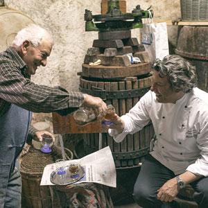 Cantine in Umbria. Giancarlo Polito chef del ristorante La Locanda del Capitano a Montone patria di Braccio Fortebraccio