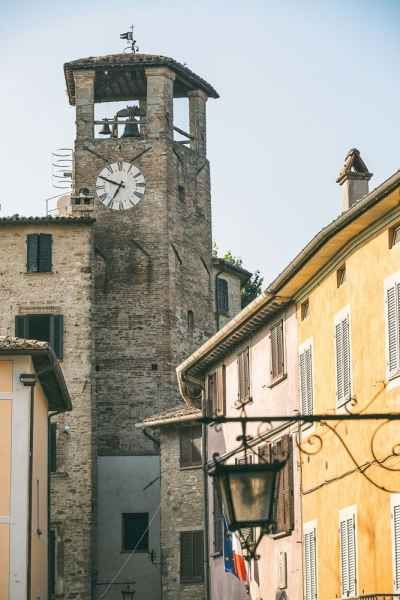 Montone, the most beautiful small villages of Italy in Umbria. La Locanda del Capitano hotel restaurant